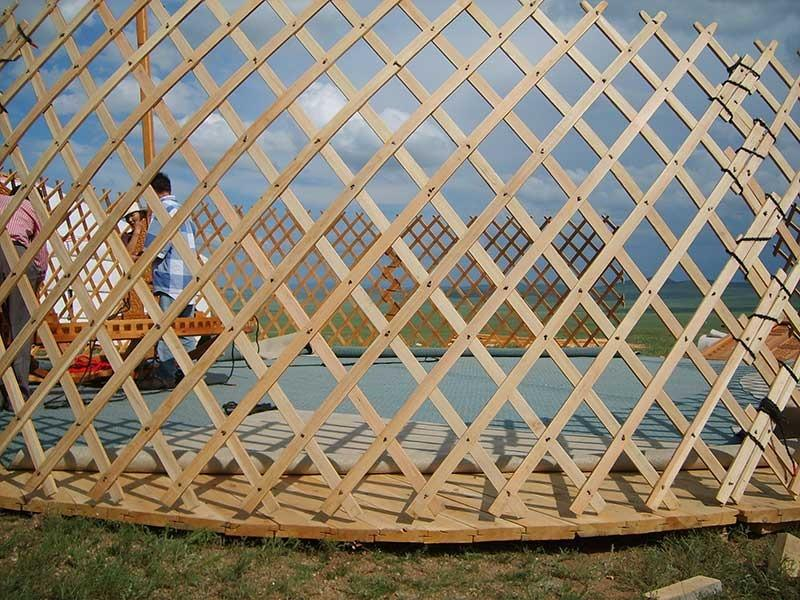 Putting up a yurt