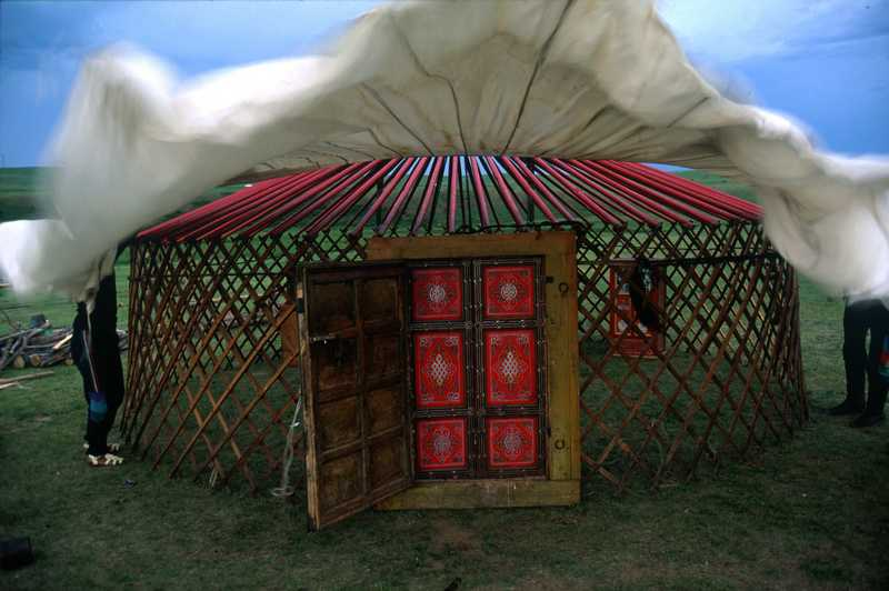 The Mongolian yurt - Horseback Mongolia